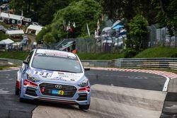#131 Hyundai Motor Deutschland, Hyundai i30 Coupé Turbo: Markus Schrick, Peter Schumann, Michael Boh