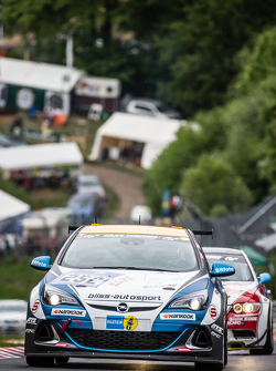 #252 Bliss Autosport Opel Astra OPC Cup: Rolve Poulsen, Axel Duffner, Oliver Bliss