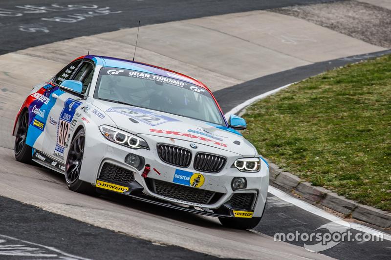 #312 Bonk Motorsport BMW M235i Racing : Ryu Seya, Yosuke Shimjima, Guy Stewart, Jürgen Meyer