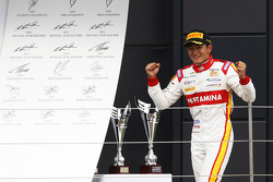 Race winner Rio Haryanto, Campos Racing