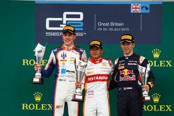 Podium: 1. Rio Haryanto, Campos Racing; 2. Raffaele Marciello, Trident, und 3. Pierre Gasly, DAMS