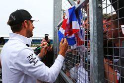 Jenson Button, McLaren with the fans