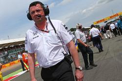 Eric Boullier, McLaren Racing Director op de grid