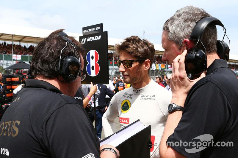 Romain Grosjean, Lotus F1 Team, in der Startaufstellung