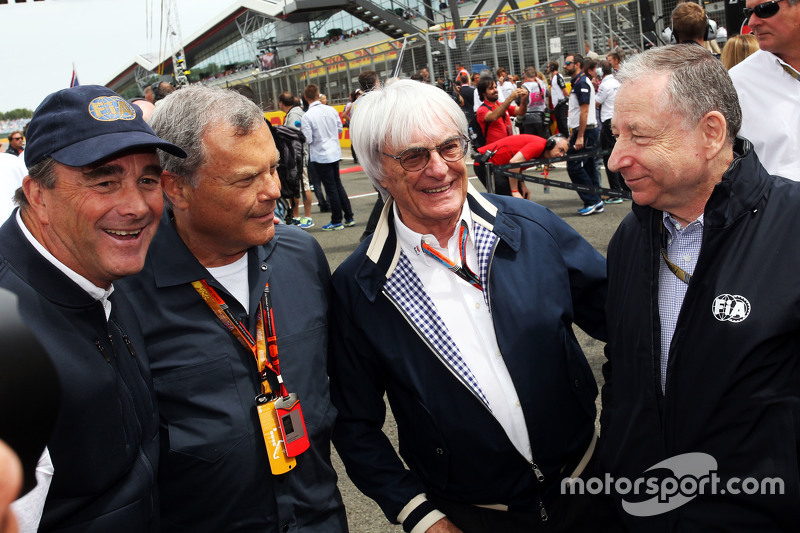 Найджел Менселл, з Сер Мартін Соррелл, WPP CEO; Берні Екклстоун, та Жан Тодт, Президент FIA