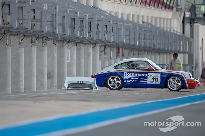 Rothmans-Porsche in der Box