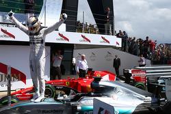 1st place Lewis Hamilton, Mercedes AMG F1.