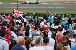 Lewis Hamilton, Mercedes AMG F1 W06 passes fans