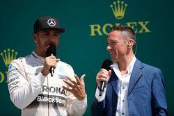 The podium,: Race winner Lewis Hamilton, Mercedes AMG F1 with Frank Dernie,