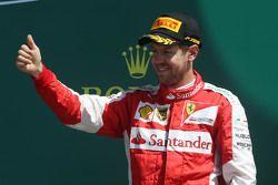 Sebastian Vettel, Ferrari celebra o terceiro lugar no pódio