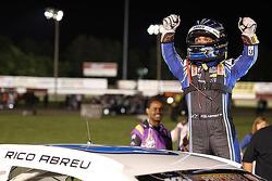 El ganador, Rico Abreu, celebra