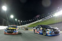 Dale Earnhardt Jr., Hendrick Motorsports Chevrolet and Austin Dillon, Richard Childress Racing Chevrolet