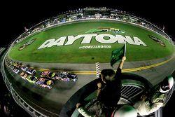 Rennstart: Dale Earnhardt jr., Hendrick Motorsports, Chevrolet, in Führung