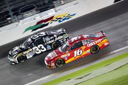 Ben Kennedy, Richard Childress Racing, Chevrolet, und Greg Biffle, Roush Fenway Racing, Ford