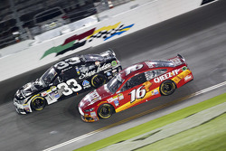 Ben Kennedy, Richard Childress Racing Chevrolet y Greg Biffle, Roush Fenway Racing Ford