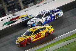 David Ragan, Michael Waltrip Racing Toyota and Joey Logano, Team Penske Ford