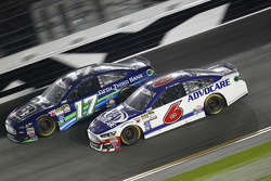 Ricky Stenhouse Jr., Roush Fenway Racing Ford and Trevor Bayne, Roush Fenway Racing Ford