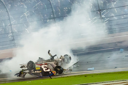 Austin Dillon, Richard Childress Racing Chevrolet em grave acidente