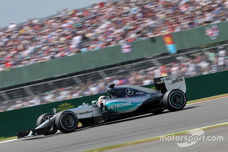 2015 (Сільверстоун). Переможець: Льюїс Хемілтон, Mercedes AMG F1 W06 Hybrid