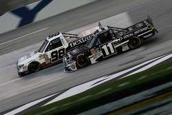 Johnny Sauter, ThorSport Racing Toyota y Ben Kennedy, Red Horse Racing Toyota