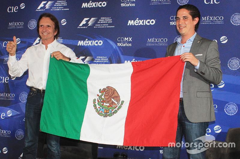 Emerson Fittipaldi named Mexican GP race ambassador, celebrates with Rodrigo Sanchez