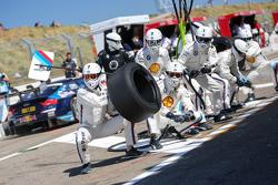 BMW механіки