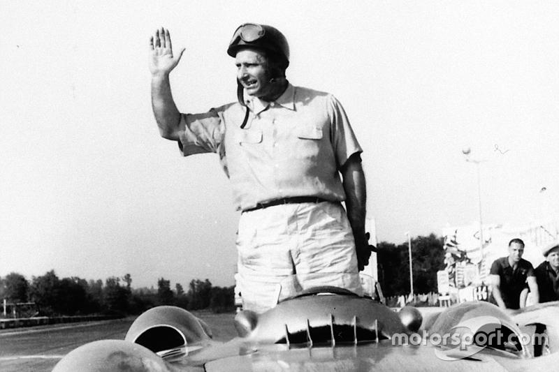 1 - Juan Manuel Fangio (ARG)