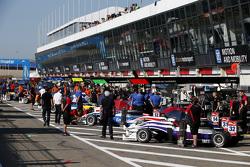 Чжи Конг Ли, Вин Чун Чан и Мэттью Рао, Fortec Motorsports Dallara Mercedes-Benz