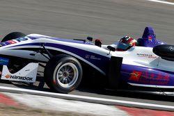 Чжи Конг Ли, Fortec Motorsports Dallara Mercedes-Benz