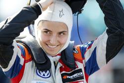Tatiana Calderon, Carlin Dallara Volkswagen
