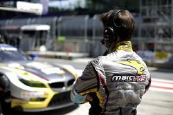 Un membre du BMW Team Marc VDS