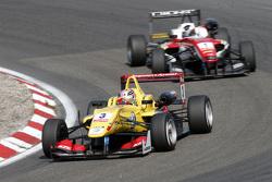 Antonio Giovinazzi, Jagonya Ayam with Carlin Dallara Volkswage and Felix Rosenqvist, Prema Powerteam Dallara Mercedes-Benz