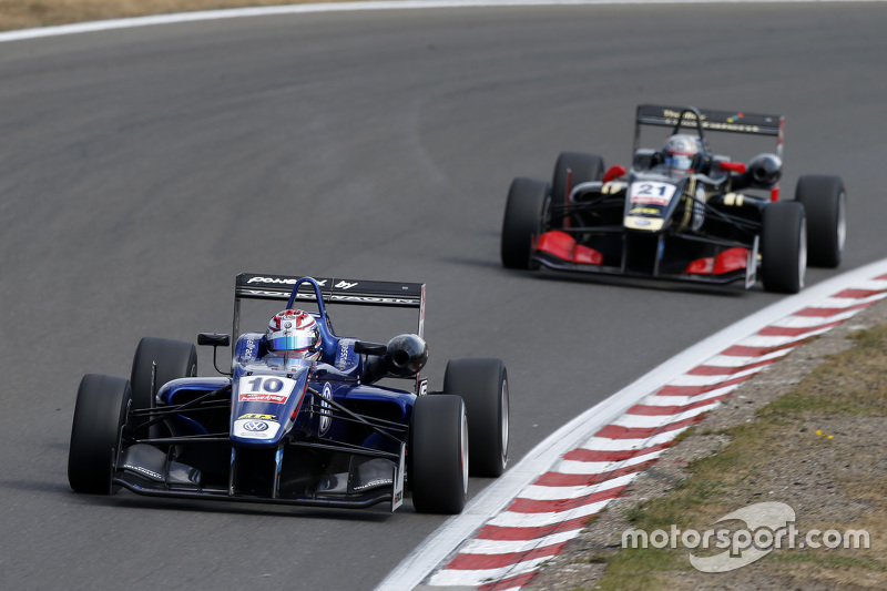 George Russell and Alexander Albon, European F3