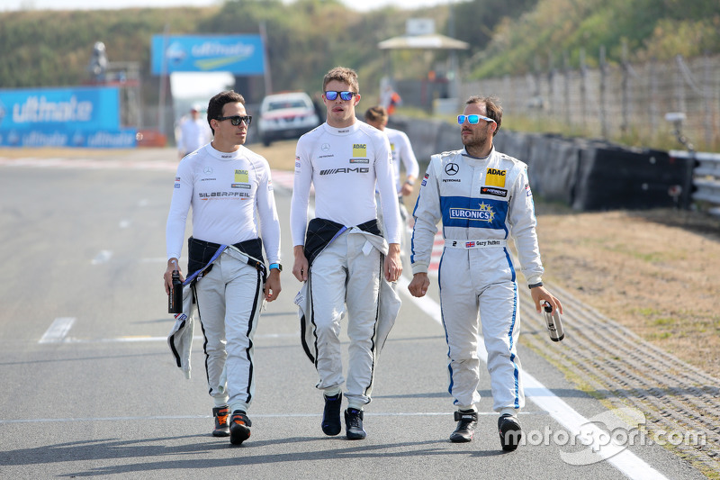 Robert Wickens and Paul di Resta, HWA AG Mercedes-AMG C63 DTM and Gary Paffett, ART Grand Prix Merce