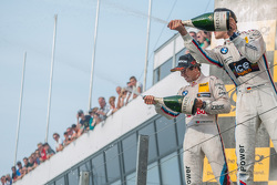 Друге місце Антоніо Фелікс да Коста, BMW Team Schnitzer BMW M4 DTM та winner Марко Віттман, BMW Team