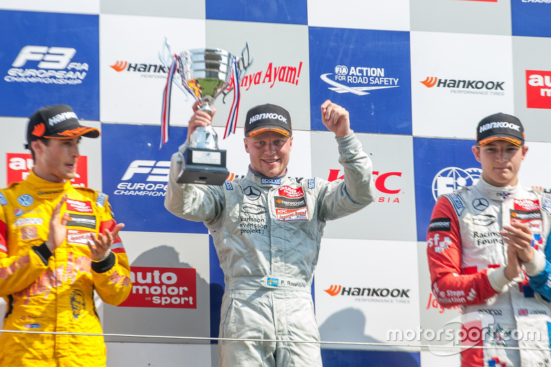 Podium: second place Antonio Giovinazzi, Jagonya Ayam with Carlin and winner Felix Rosenqvist and third place Jake Dennis, Prema Powerteam