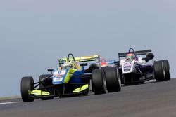 Alessio Lorandi, Van Amersfoort Racing Dallara Volkswagen y Wing Chung Chang, Fortec Motorsports Dal
