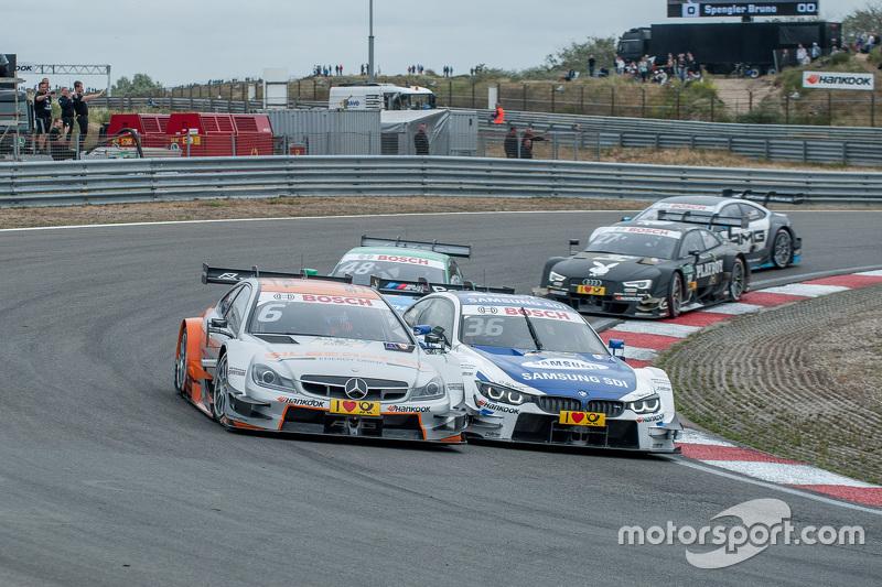 fight between; Роберт Уікенз, HWA AG Mercedes-AMG C63 DTM; Максім Мартін, BMW Team RMG BMW M4 DTM