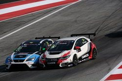 Gianni Morbidelli, Honda Civic TCR, West Coast Racing et Stefano Comini, SEAT Leon, Target Competition