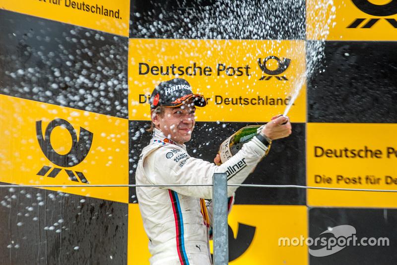 Peringkat kedua Augusto Farfus, BMW Team RBM BMW M4 DTM