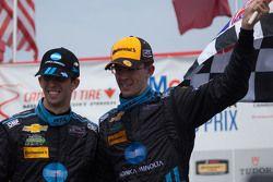 Yarış galibi #10 Wayne Taylor Racing Corvette DP: Ricky Taylor, Jordan Taylor