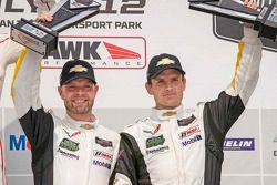 Les vainqueurs en GTLM Jan Magnussen, Antonio Garcia, Corvette Racing