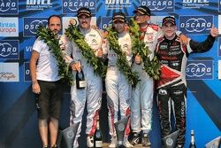 Podium: El ganador, Ma Qing Hua, Citroën C-Elysée WTCC, Citroën World Touring Car team, segundo luga