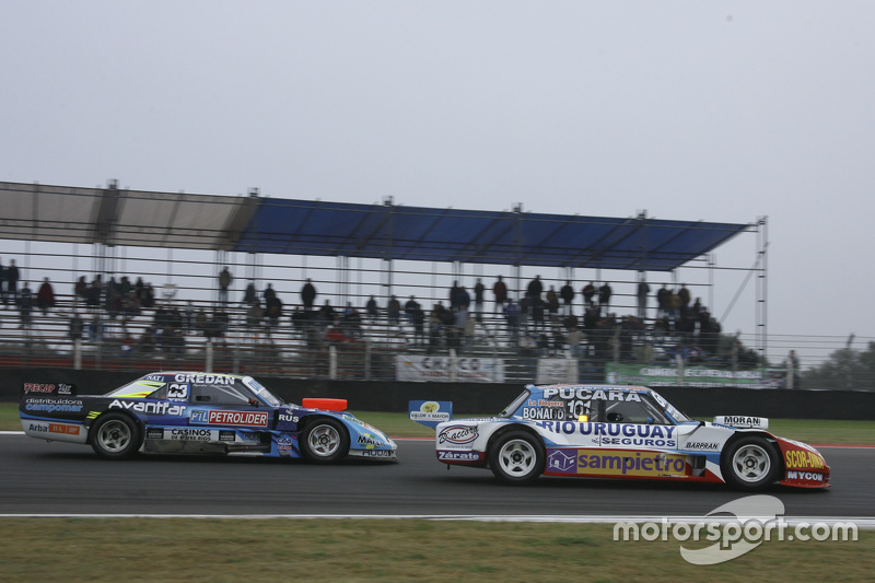 Лайонел Угальде , Ugalde Competicion Ford та Мартін Понте, RUS Nero53 Racing Dodge