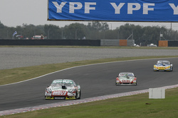 Facundo Ardusso, Trotta Competicion Dodge and Mariano Altuna, Altuna Competicion Chevrolet and Luis Jose di Palma, Inde car Racing Torino