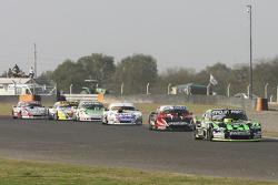 Mauro Giallombardo, Maquin Parts Racing Ford; Jose Manuel Urcera, JP Racing Torino; Leonel Sotro, Al