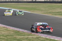 Jose Manuel Urcera, JP Racing Torino; Mauro Giallombardo, Maquin Parts Racing Ford; Mauricio Lambiri