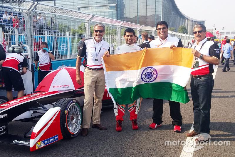 Dilbagh Gill, Team Principal della Mahindra Racing con Anand Mahindra e Karun Chandhok