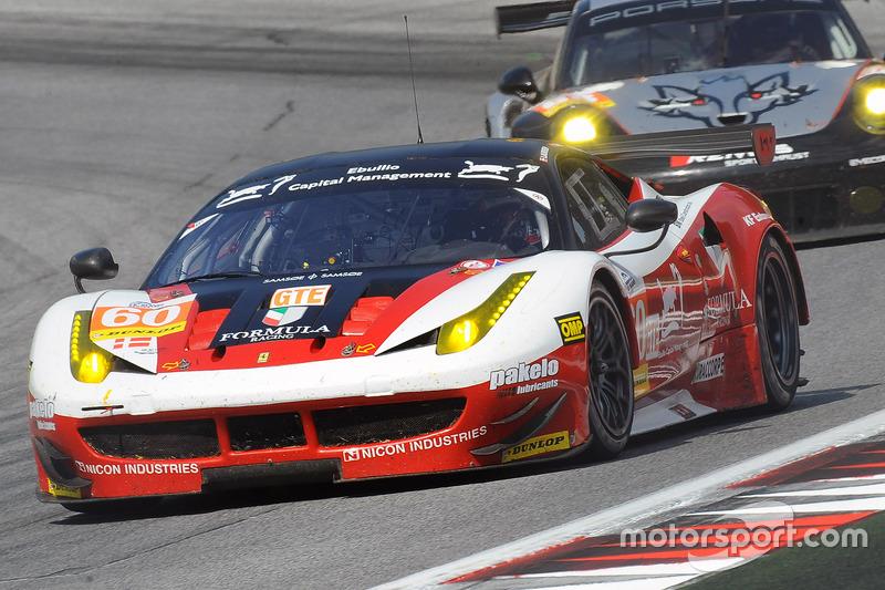 Ferrari F458 Italia команды Formula Racing: Джонни Лаурсен, Миккель Мак, Андреа Риццоли