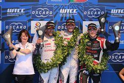 Podio: ganador de la carrera, José María López, Citroën C-Elysée WTCC, Citroen Mundial equipo de Tur